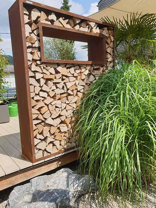 Holzlager Sichtschutz